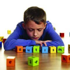 La palabra autismo fue utilizada por primera vez en 1912 por el psiquiatra suizo Eugene Bleuler, en un artí**** publicado en el American Journal of Insanity.