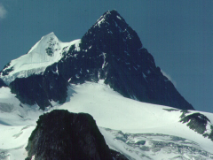 Pyramidal peaks, after melting away, will form a ______.