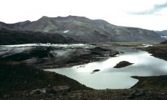 A lake that is located adjacent to the terminus of a glacier. Typically, these lakes form in bedrock basins scoured by the glacier. They enlarge as the glacier retreats. Sometimes they are dammed by an End or Recessional Moraine.