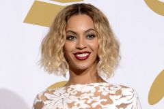 Name: Beyonce Knowles   Age: 33   Nationality: American   Job: Singer   Songs: Crazy in love, Halo...