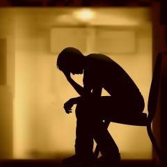 Deprimido (aunque es mas como sentirse mal)