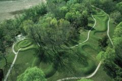#156 Great Serpent Mound Adams County, southern Ohio Mississippian (eastern woodlands)  1070 C.E. _____________________ Content: