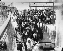 My Definition: Wave of immigrants from eastern and southern Europe who immigrated to the U.S between 1890 and 1914.    Sentence: The New Immigrants into the US had a hard time gaining acceptance chiefly because of their religious conflictions with...