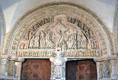 Tympanum, Ste. Madeleine, Vezelay, France, Romanesque, 1120-1132.